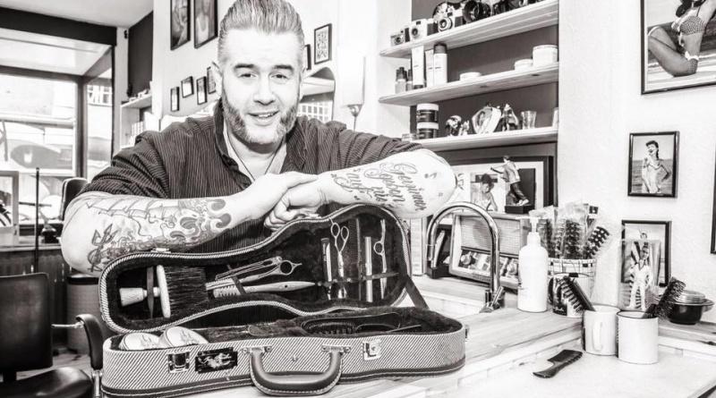 Rockabilly-Friseur Jan Boecker aus Kiel